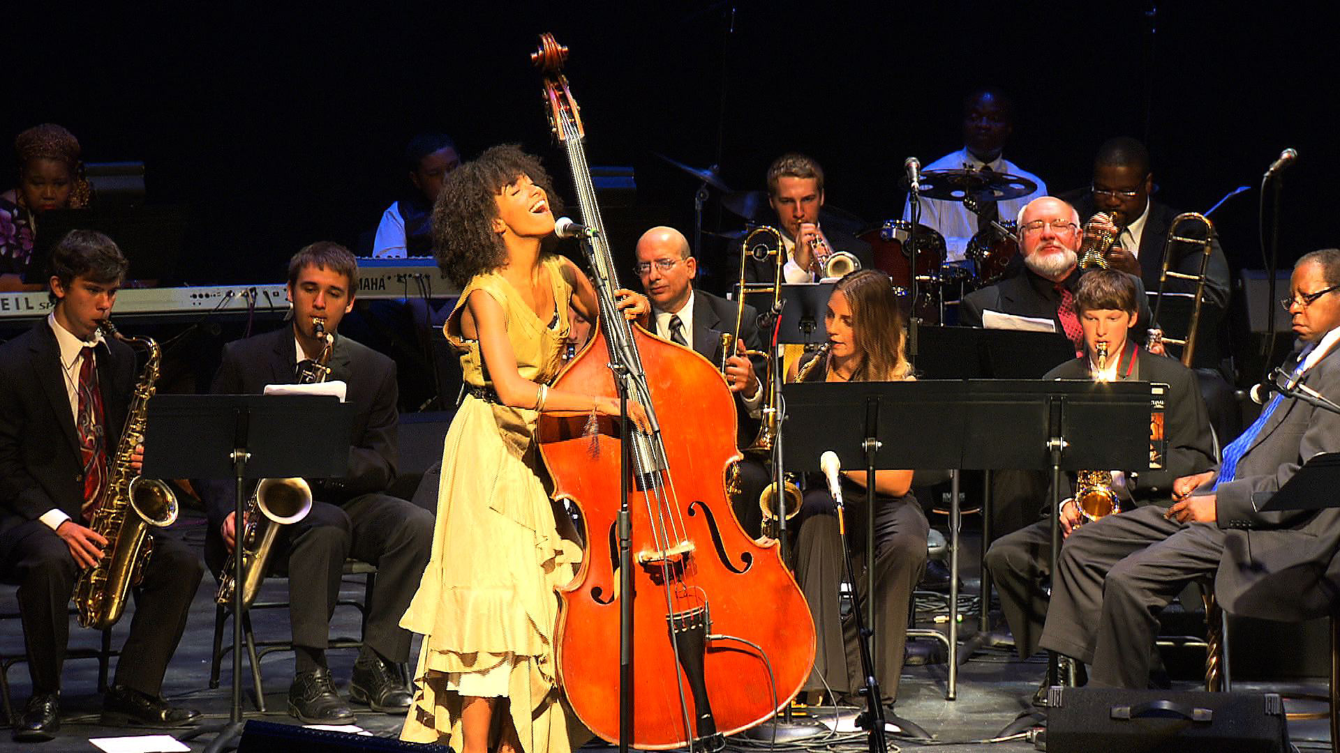Esperanza Spalding: I'm Gonna Move to the Outskirts of Town